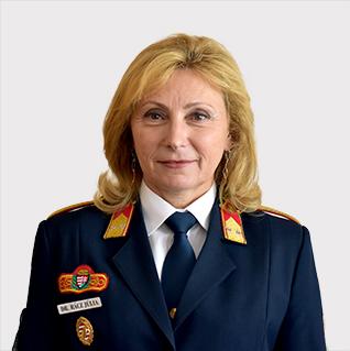 Dr. Rácz Júlia