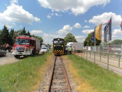 Debrecenben kisvasút szerelvénye és egy teherautó ütközött össze