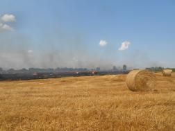 Szabadtéri tűz Hajdúszovát külterületén
